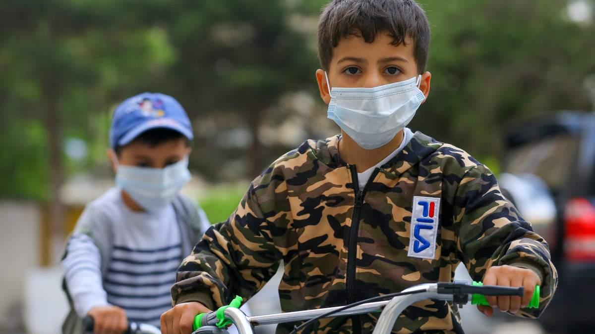 Дети в детсадах должны носить маски