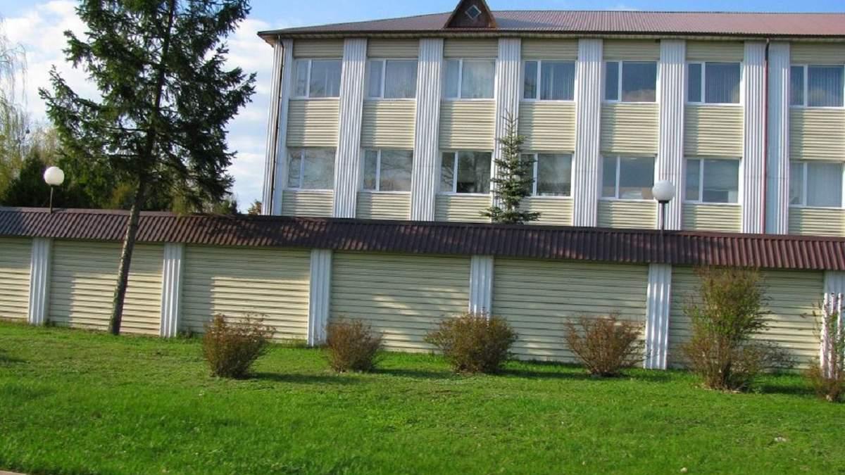Закрили сірникову фабрику на Рівненщині через спалах коронавірусу