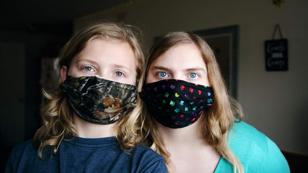 Як правильно носити маску у спеку: поради