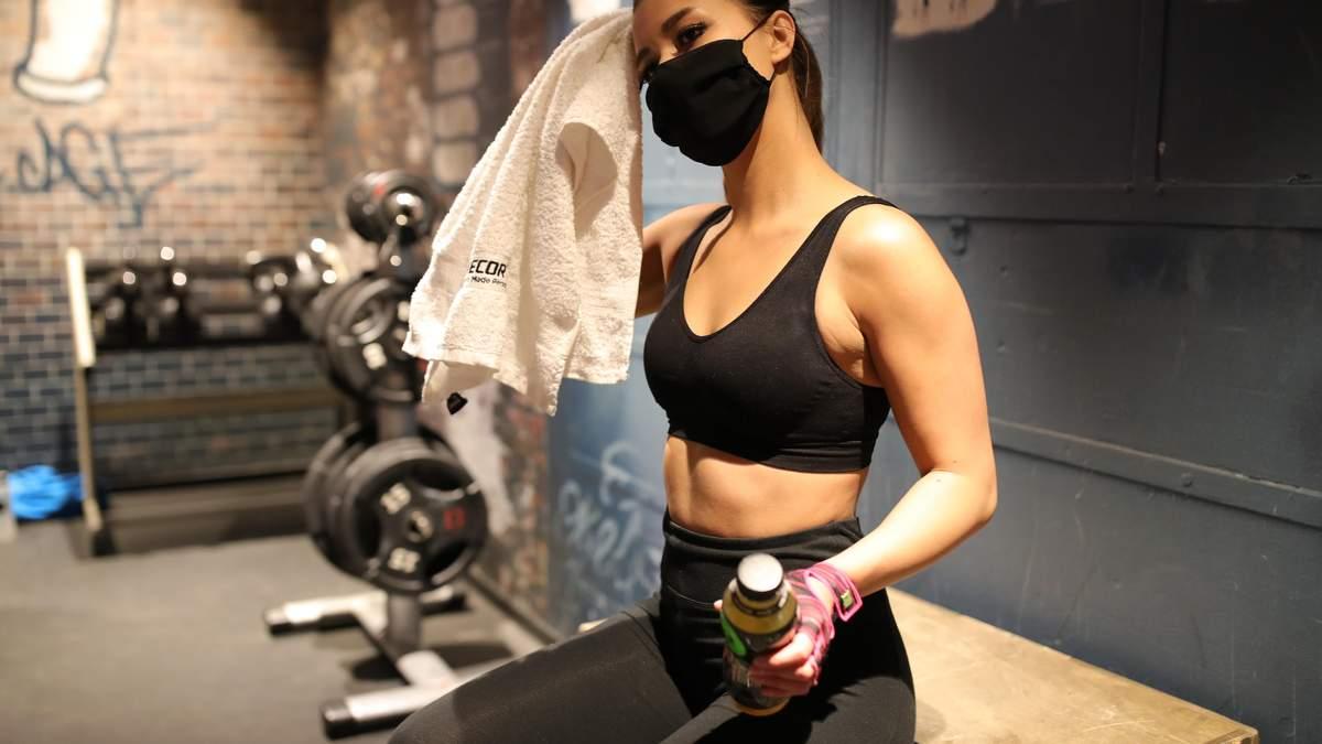 Интенсивные тренировки с маской на лице могут быть опасными