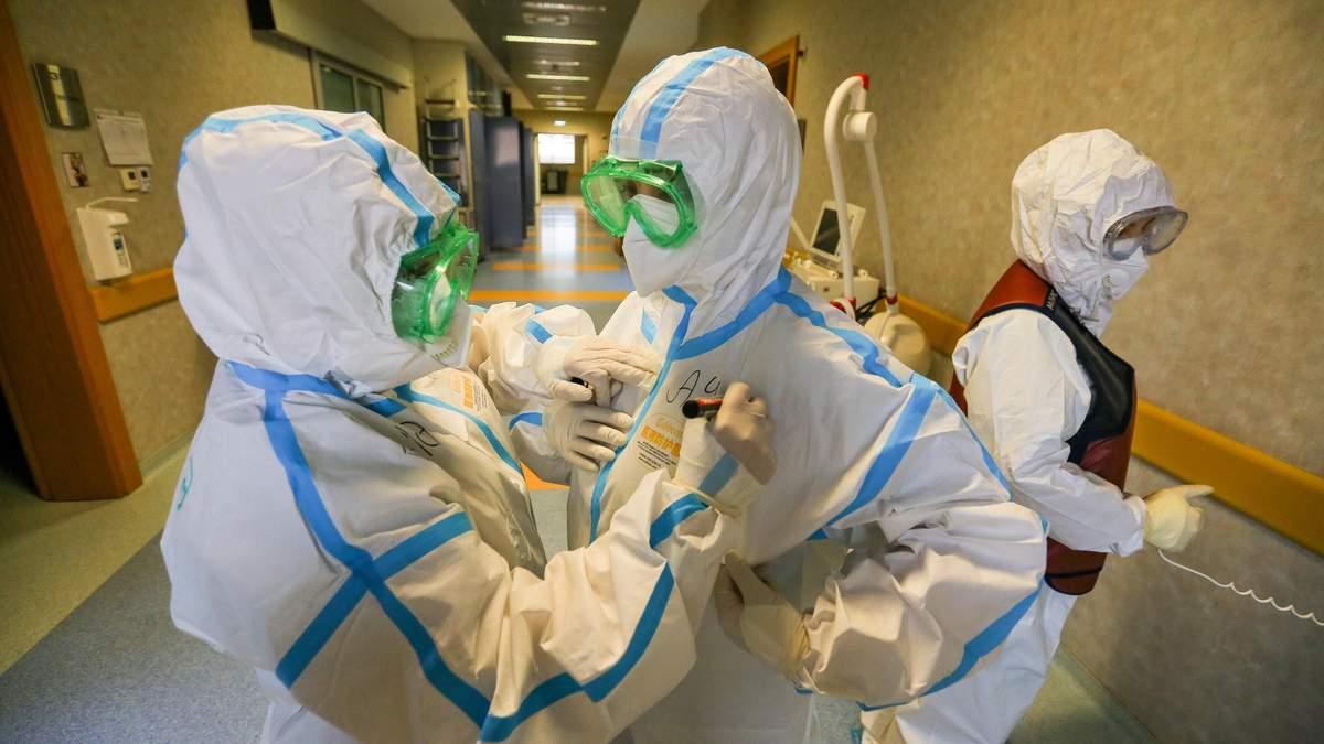 На линии огня: истории жизни медиков, умерших от коронавируса в Украине