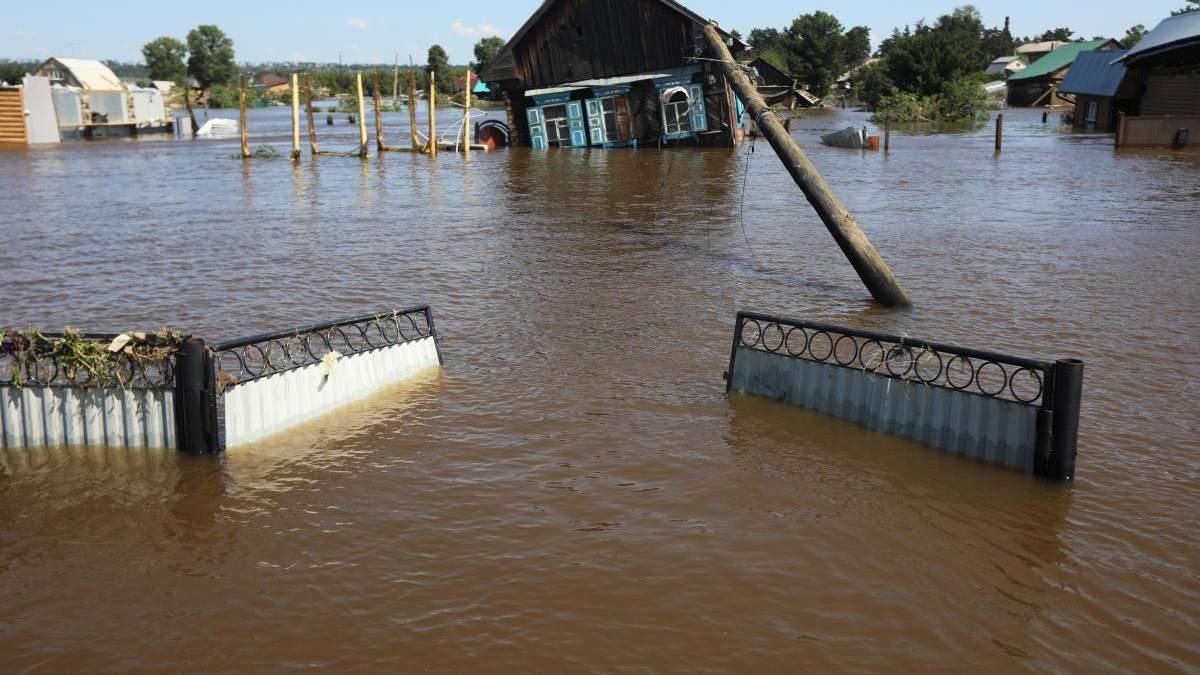 Из-за наводнения возрастает риск вспышек инфекционных болезней и пищевых отравлений