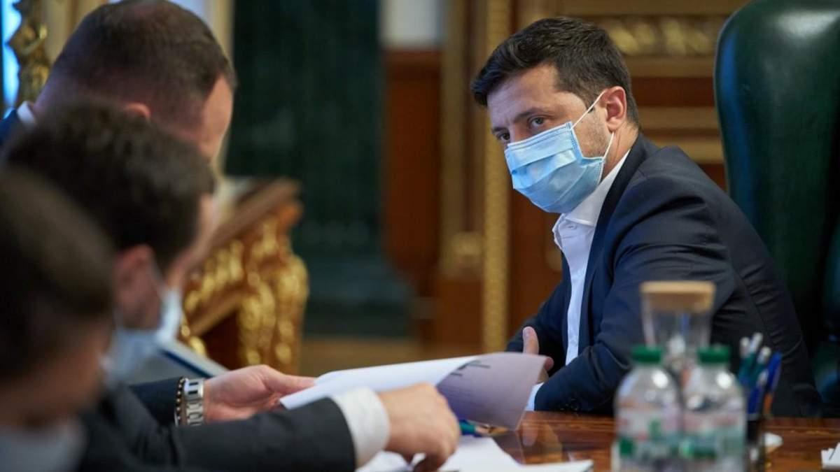 Україна – за крок до посилення карантину, проте рівень смертності досить низький