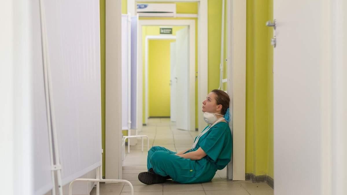 """Чому в Україні """"велика цифра""""захворювання на коронавірус"""