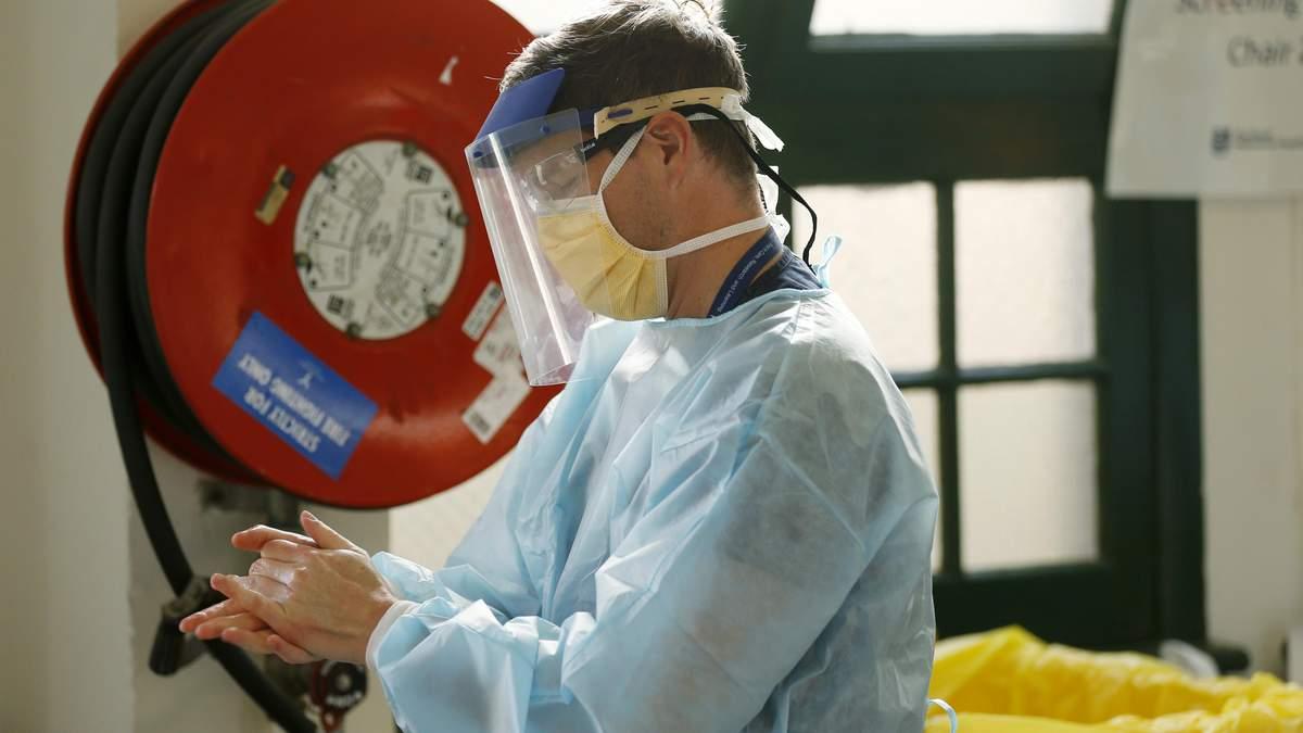 В мире подтвердили более 12 миллионов случаев COVID-19
