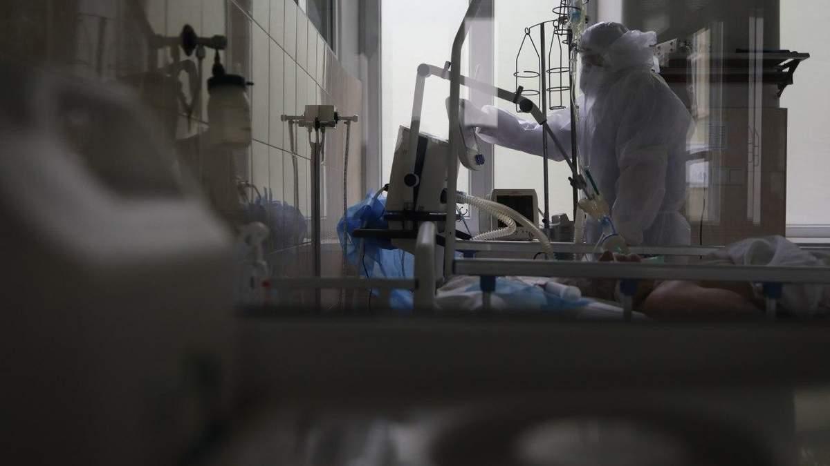 Состояние ухудшается мгновенно: украинский врач рассказала о течении COVID-19