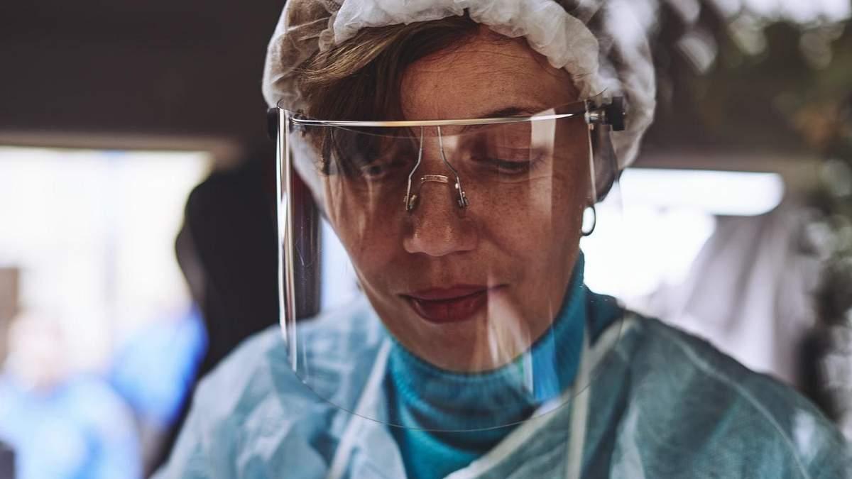 В Украине 54 771 человек заболел коронавирусом