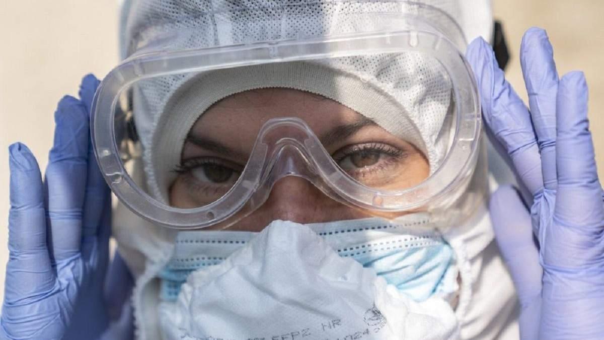 """На станції """"швидкої"""" в Бердянську – спалах коронавірусу: кількість хворих медиків зросла"""
