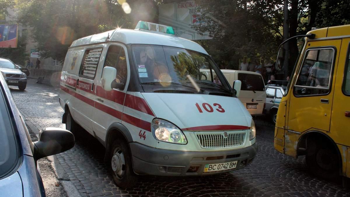 Більшість машин швидкої допомоги в Україні не встигають на виклики, – МОЗ