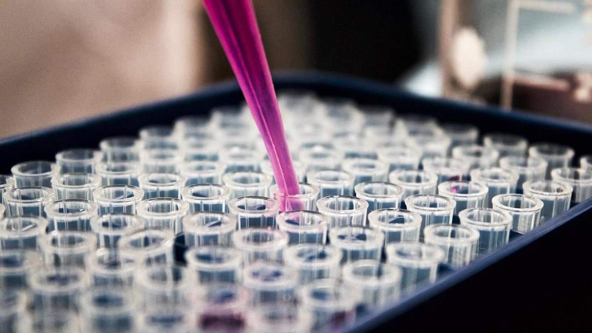 Вакцина проти COVID-19 може з'явитись в середині 2021 року, – ВООЗ