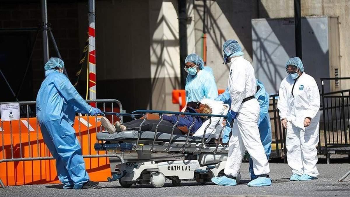 США вступили у нову фазу пандемії COVID-19: деталі