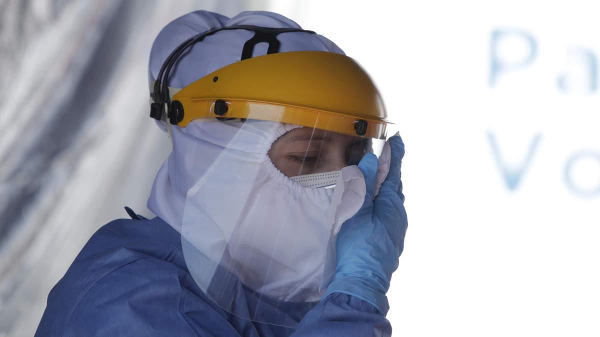 Харківська обласна лікарня переповнена хворими на COVID-19