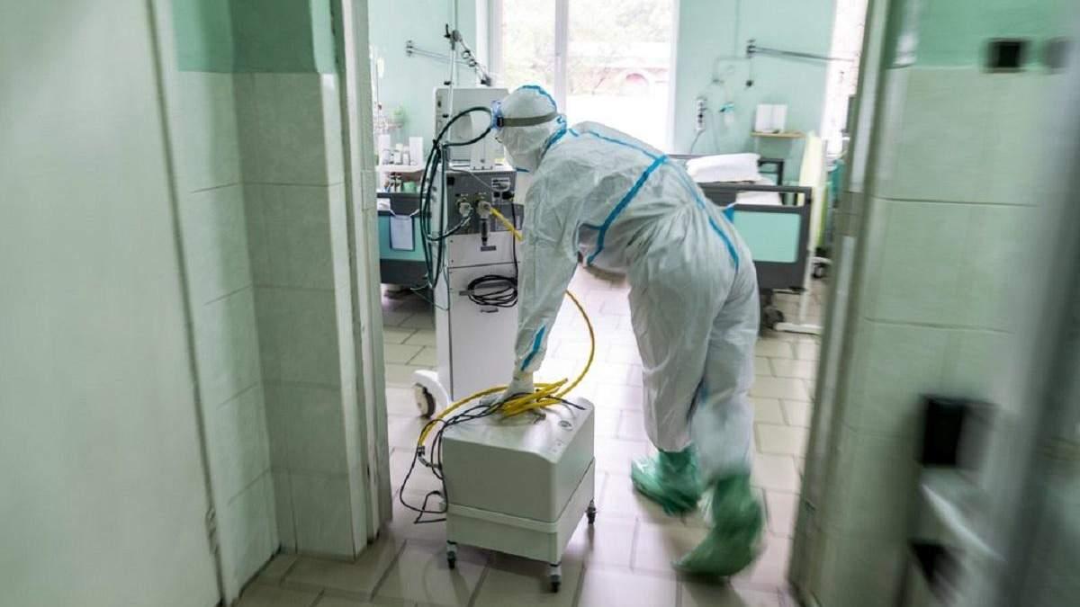 В Ивано-Франковске развернули дополнительные кровати для пациентов с COVID-19