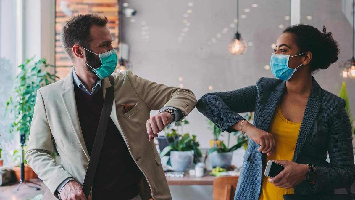 Во Франции ношение маски на работе станет обязательным