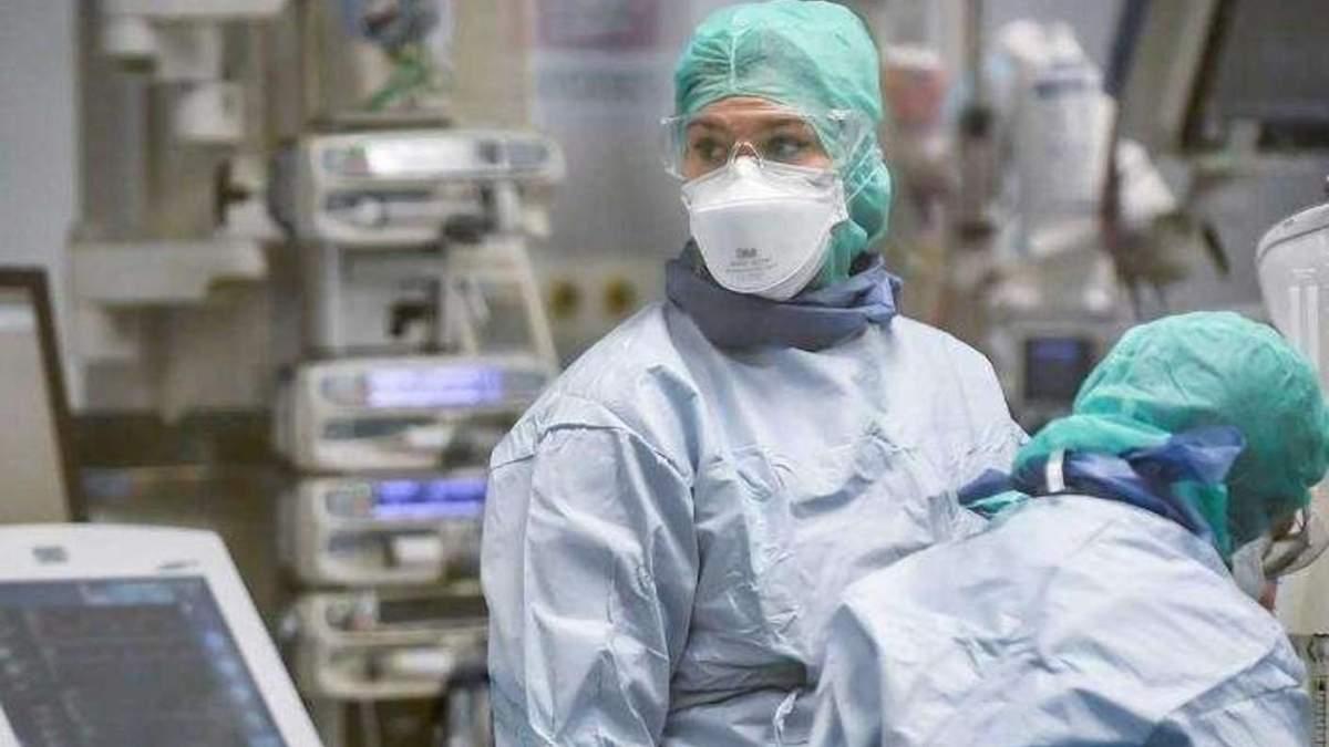 В Украине обнаружили 2 328 новых случаев коронавируса за сутки