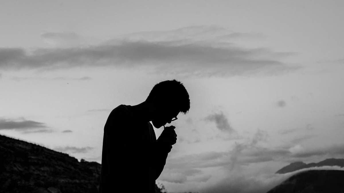 Скільки часу на здоров'я людини впливає смерть близької людини
