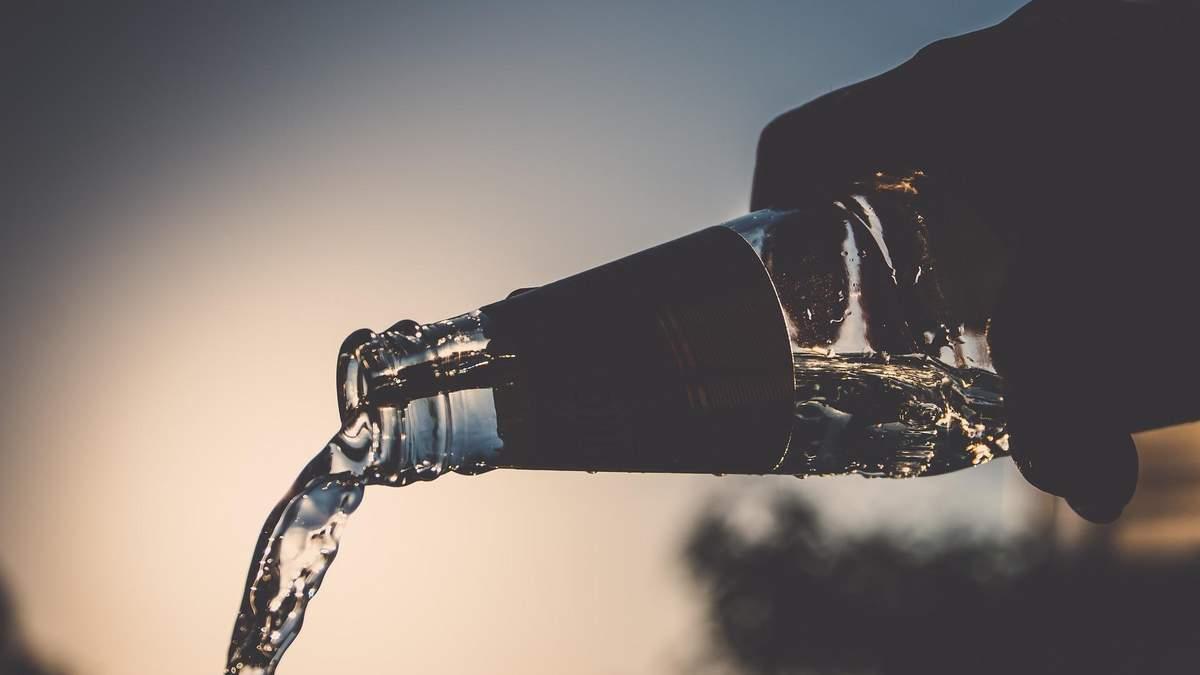 Впливає на ДНК: пояснили, як виникає залежність від алкоголю