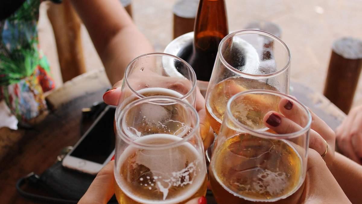 Даже незначительное употребление алкоголя связано с повышенным риском ожирения