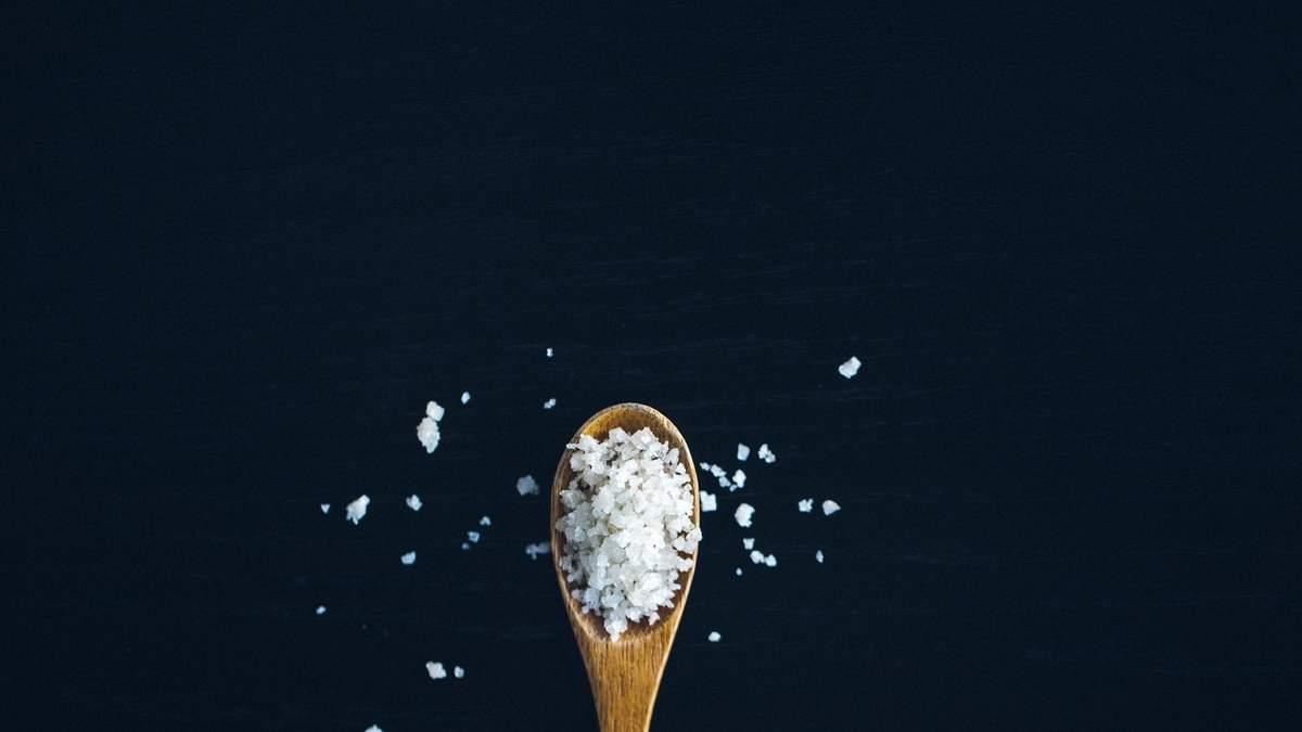 Соль нельзя употреблять в чрезмерных количествах