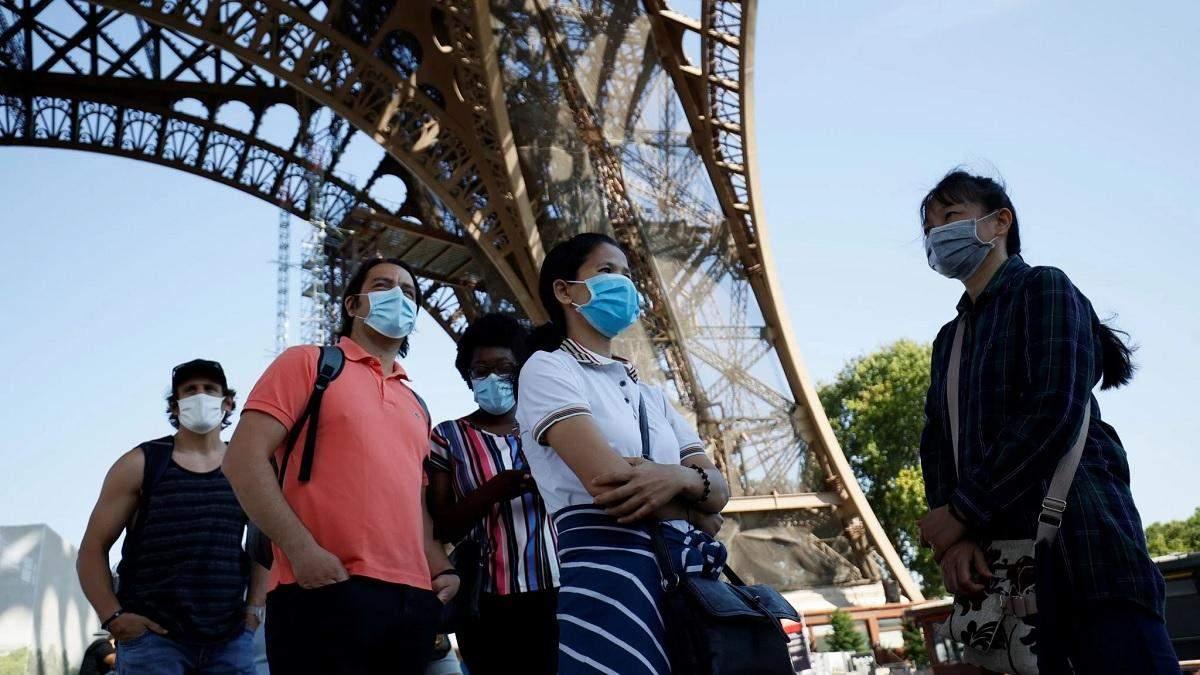 Коронавирус во Франции: за сутки COVID-19 обнаружили в 10 561 человека