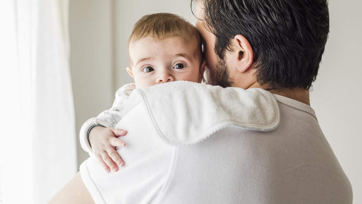 Які симптоми у новонароджених дітей є безпечними