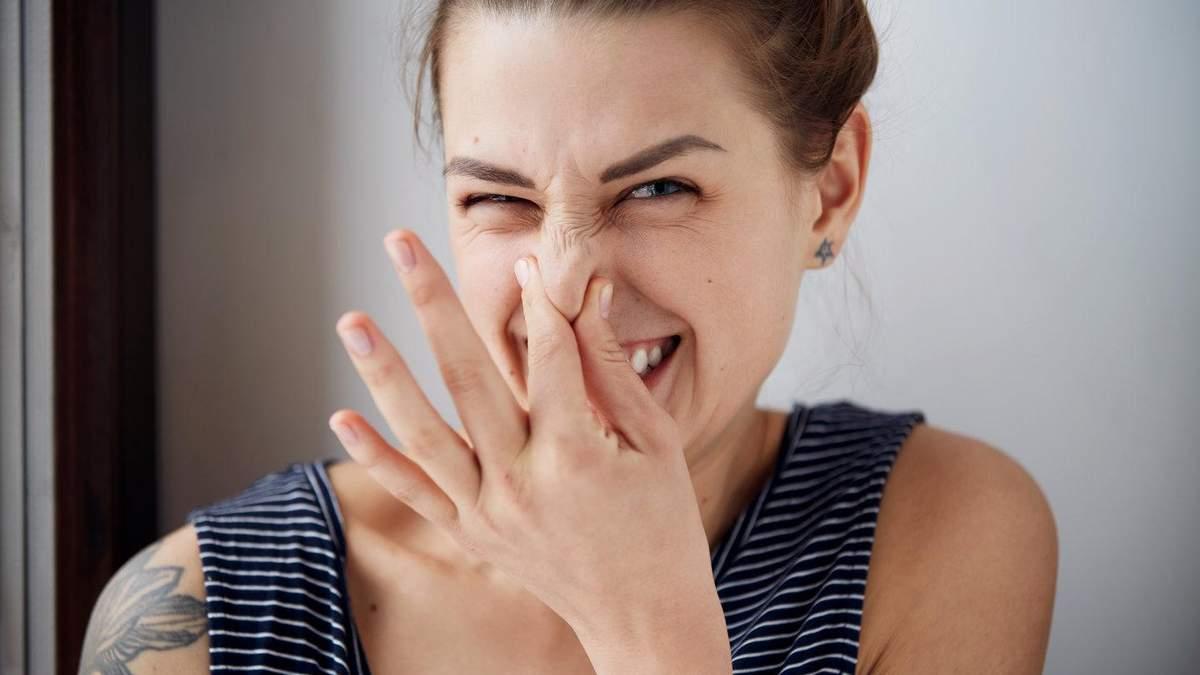 Назвали основну причину неприємного запаху з рота: вона пов'язана з раком