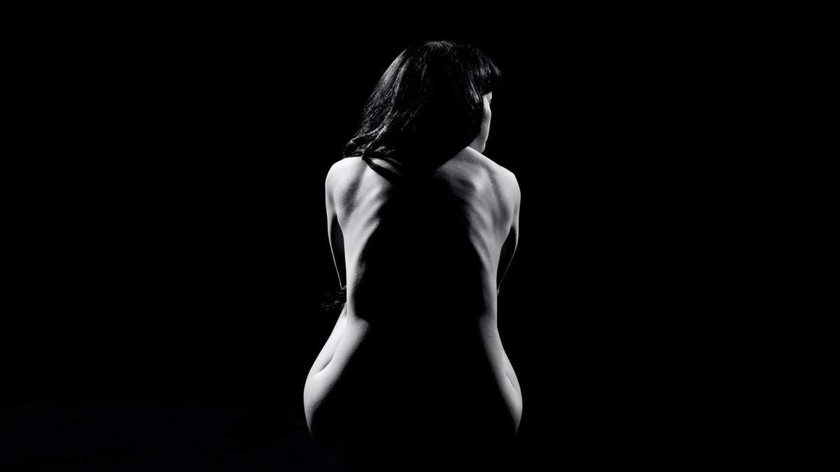 Біль в спині: коли йти до лікаря