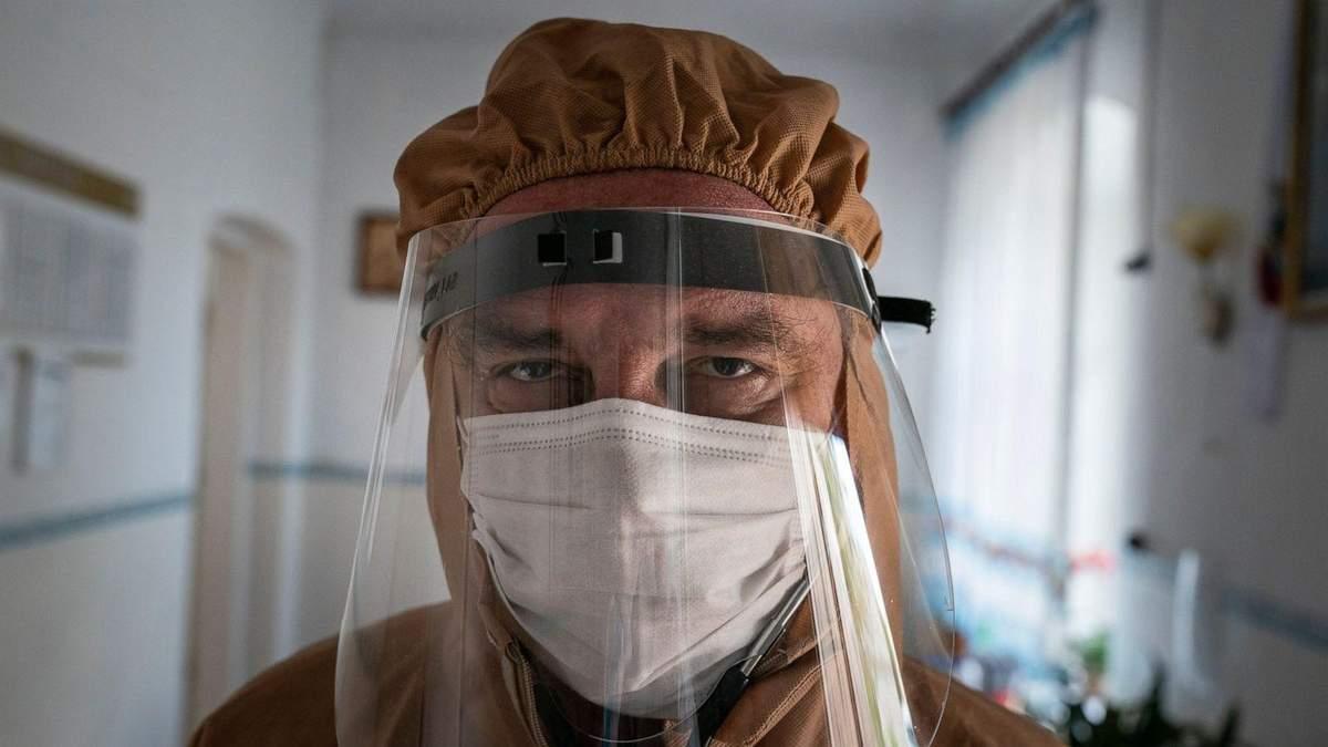 Покійному лікарю, який був обличчям боротьби з COVID-19, прийшов негативний ПЛР-тест