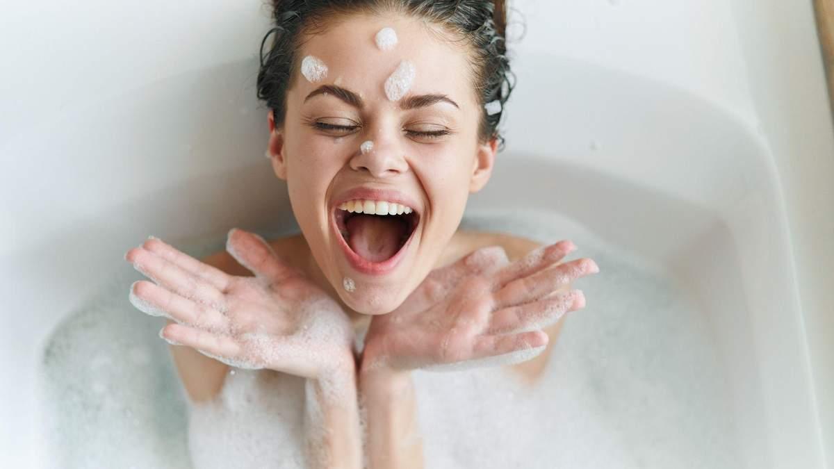 Разрушители гормональной системы: каких составляющих следует избегать в косметике