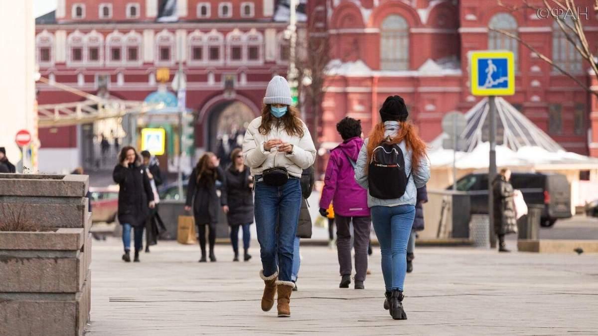 В РФ лікарям заборонили говорити про коронавірус