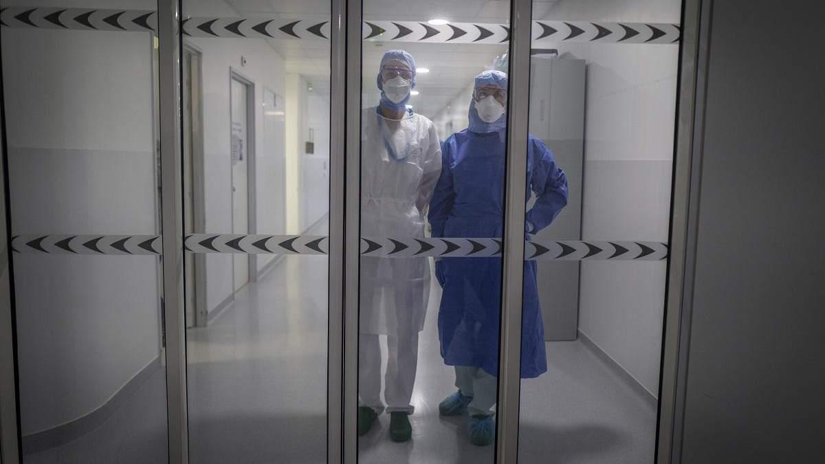 Які компенсації отримують медики, що захворіли на коронавірус?