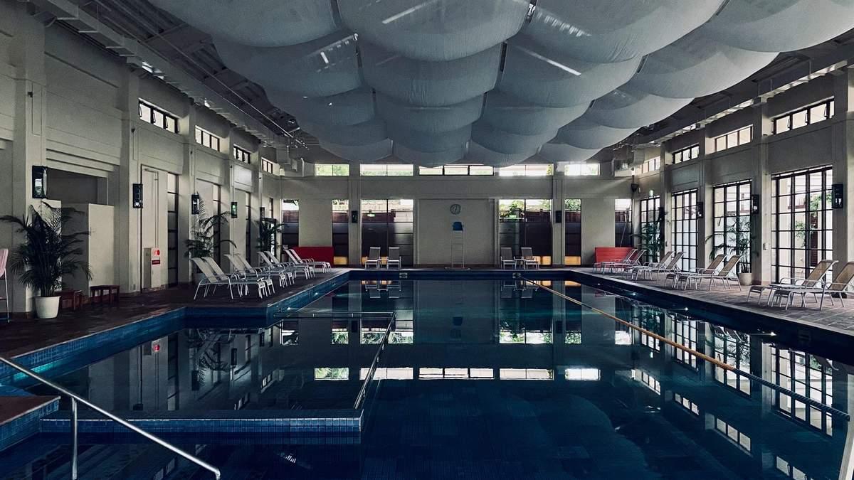 Коронавирус и бассейн
