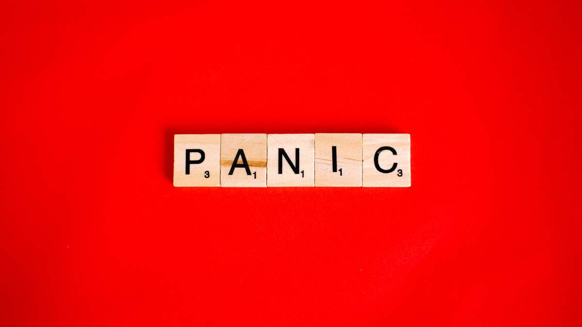 Як допомогти людині при панічних атаках: важливі поради від психологині