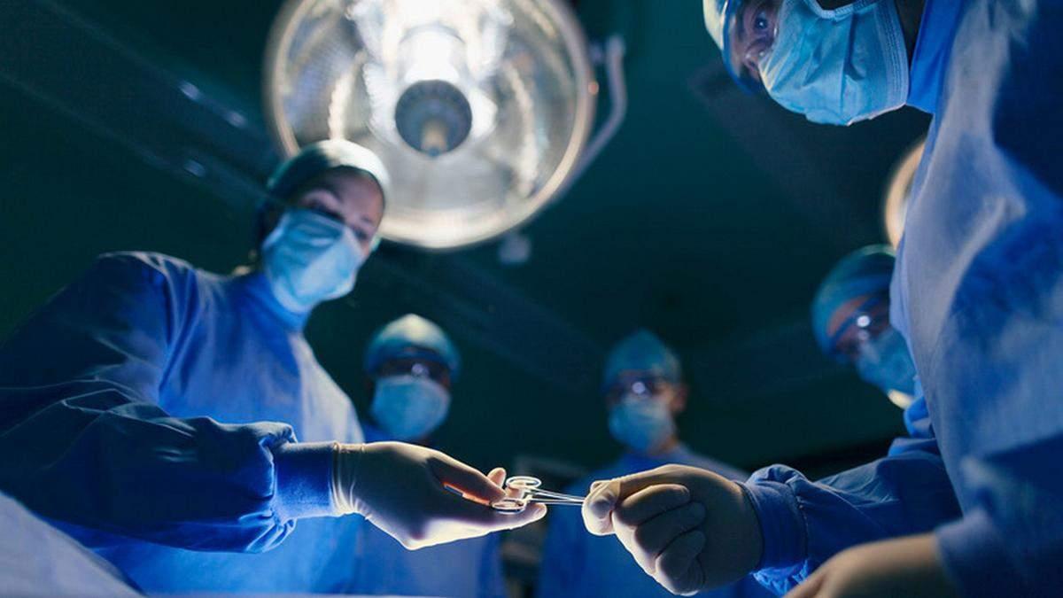 Роженица потеряла 2 литра крови из-за COVID-19: в Днепре провели сверхсложную операцию