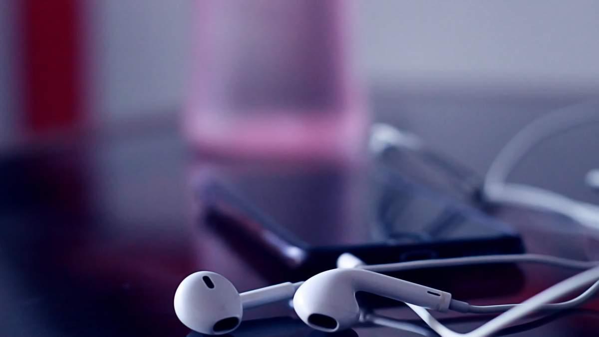 Чому не варто постійно носити навушники: пояснення науковців - Новини технологій - Здоров'я 24