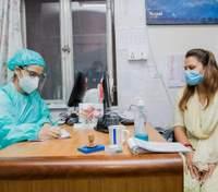Коронавірус передається при розмові, як і при кашлі