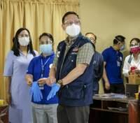 У Китаї роблять анальні тести на коронавірус: японці скаржаться на це і просять припинити