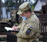 COVID-19 не відступає: скільки військових ЗСУ підхопили недугу