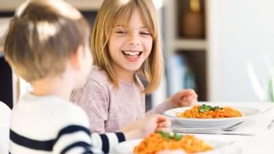 МОЗ опублікувало рецепти страв з нового шкільного меню: що готуватимуть для дітей