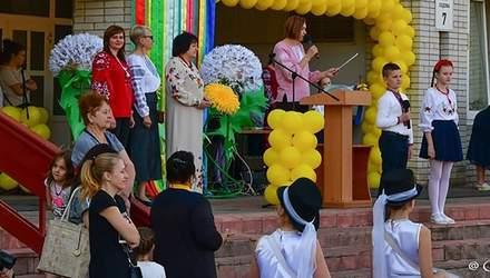 Смертельне отруєння неповнолітніх дівчат таблетками в Боярці: директорку ліцею відсторонили