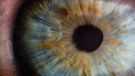Коронавірус може пошкоджувати очі: нове дослідження