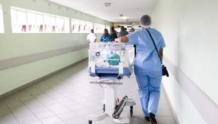 От коронавируса в 2020 году умерло вдвое больше украинцев, чем от гриппа и пневмонии