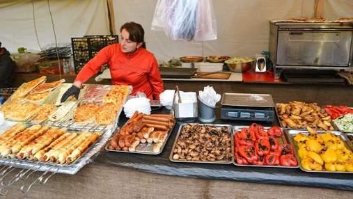 Какую еду опасно покупать на улице: перечень