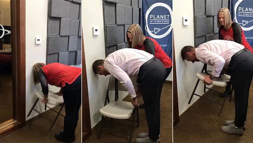 Chair challenge – чому деякі люди не можуть цього зробити