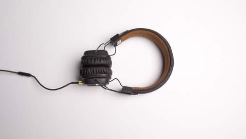 Потеря слуха: симптомы, причины, профилактика и лечение