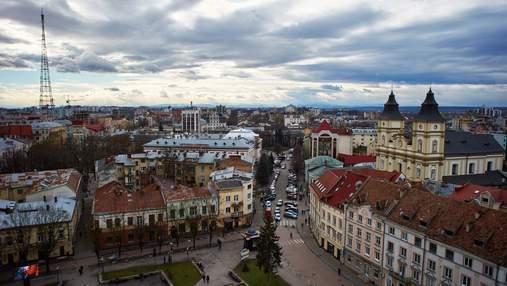 Невероятные пейзажи: Марцинкив еще раз призвал ивано-франковцев заняться сексом на ратуше – фото