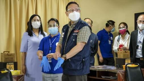 В Китае делают анальные тесты на коронавирус: японцы жалуются на это и просят прекратить