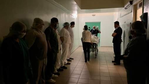 Щоб врятувати життя трьох пацієнтів: авіація Нацгвардії допомогла транспортувати органи