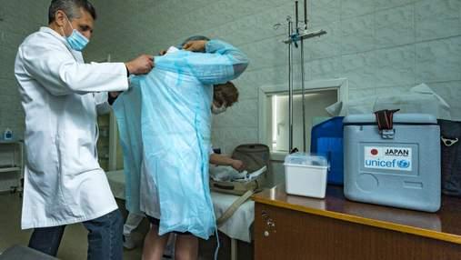 Як в Україні лікуватимуть індійський штам коронавірусу: відповідь МОЗ