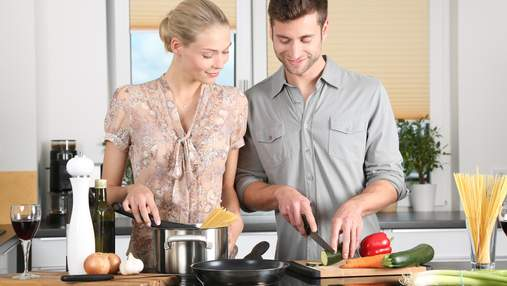 Кто такие пансексуалы и откуда появился мем о любви к сковородкам